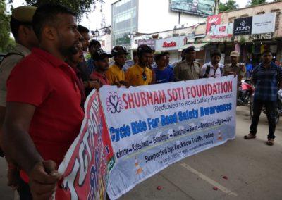 Shubham_Soti_Foundation_road_safety_campaign (5)